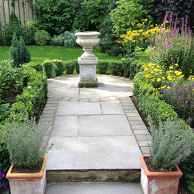 Garden water feature by Astek Garden Design & Build - photo